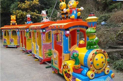 Vintage Amusement Park Train with Track for Sale