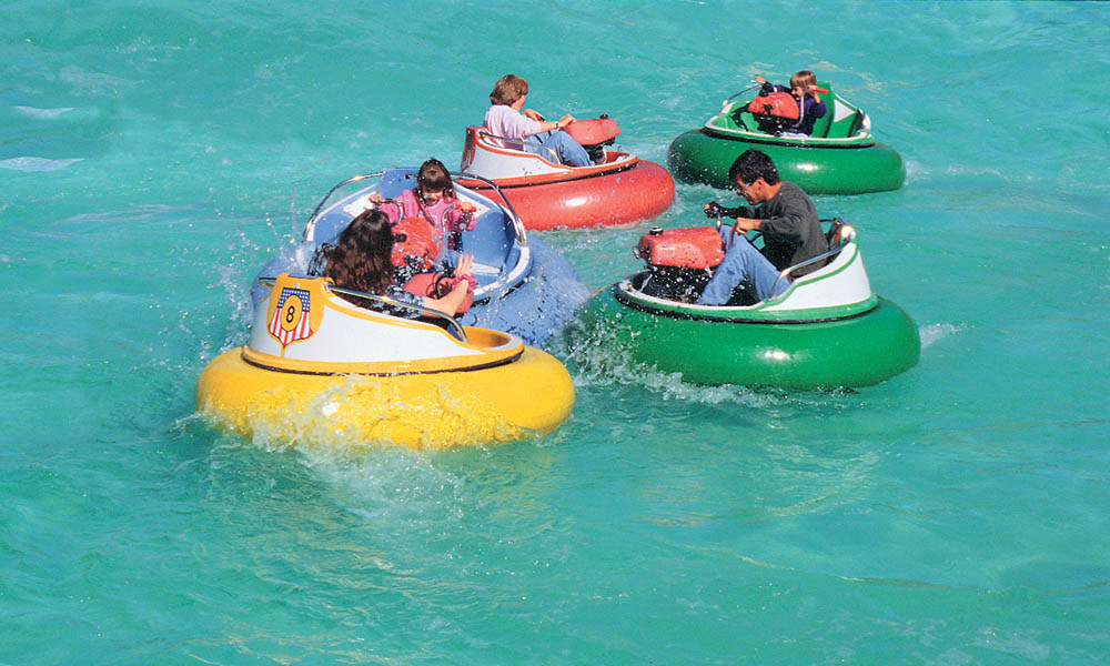 electric bumper boats for young people