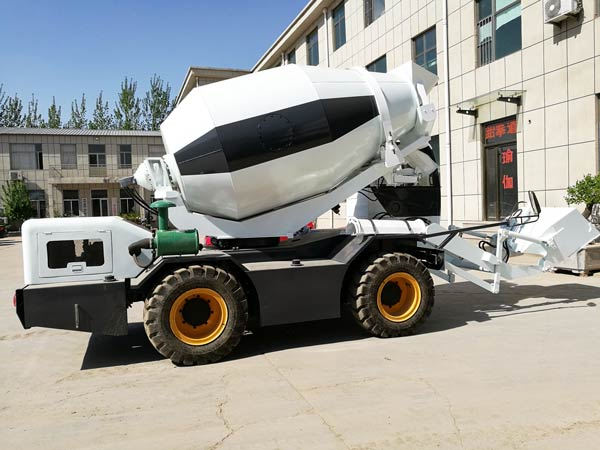self loading truck mixer
