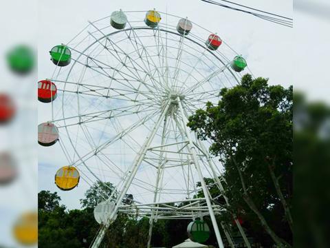 Ferris wheel Ride